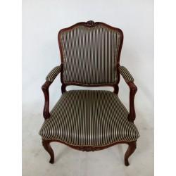 Oryginalny, duży fotel...