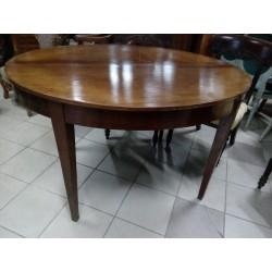 Stary, owalny stół z okresu...