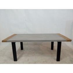 Nowoczesny stół betonowy z...