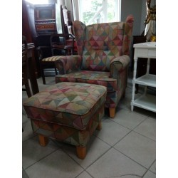Piękny, wygodny fotel typu...