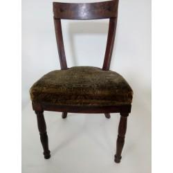 Stare, oryginalne krzesło...