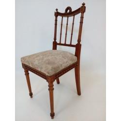 Urocze krzesło klasycystyczne!