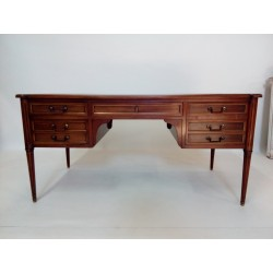 Gabinetowe biurko mahoniowe