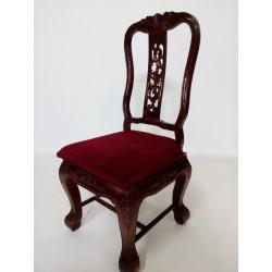 Krzesła w stylu chippendale...