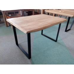Dębowy stół na metalowych...