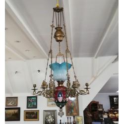 Piękna lampa naftowa ze...