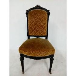 Francuskie krzesła...