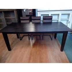 Duży drewniany stół do...