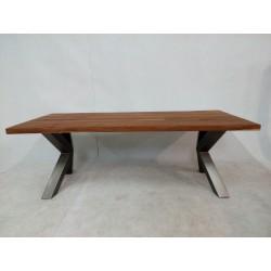 Nowoczesny drewniany stół w...