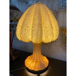 Oryginalna lampa stołowa w...